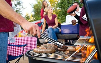 8 Ways to Tailgate Without Packing on the Pounds